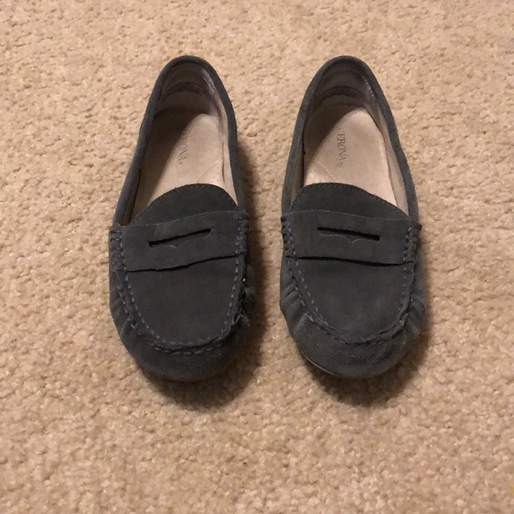 Ladies Grey Comfort Loafers By Merona Size 6.5 Clothing, Shoes & Accessories